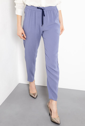 slouchy-fit-Vanessa-Bruno-Drawstring-Easy-Trousers-433-makes-them-weekend-chic-staple.jpg